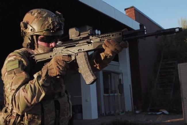 Обновленный вариант АК-12 показали на видео