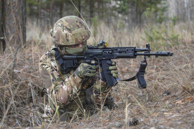 Сухопутные войска вооружат новым скорострельным автоматом АК-12